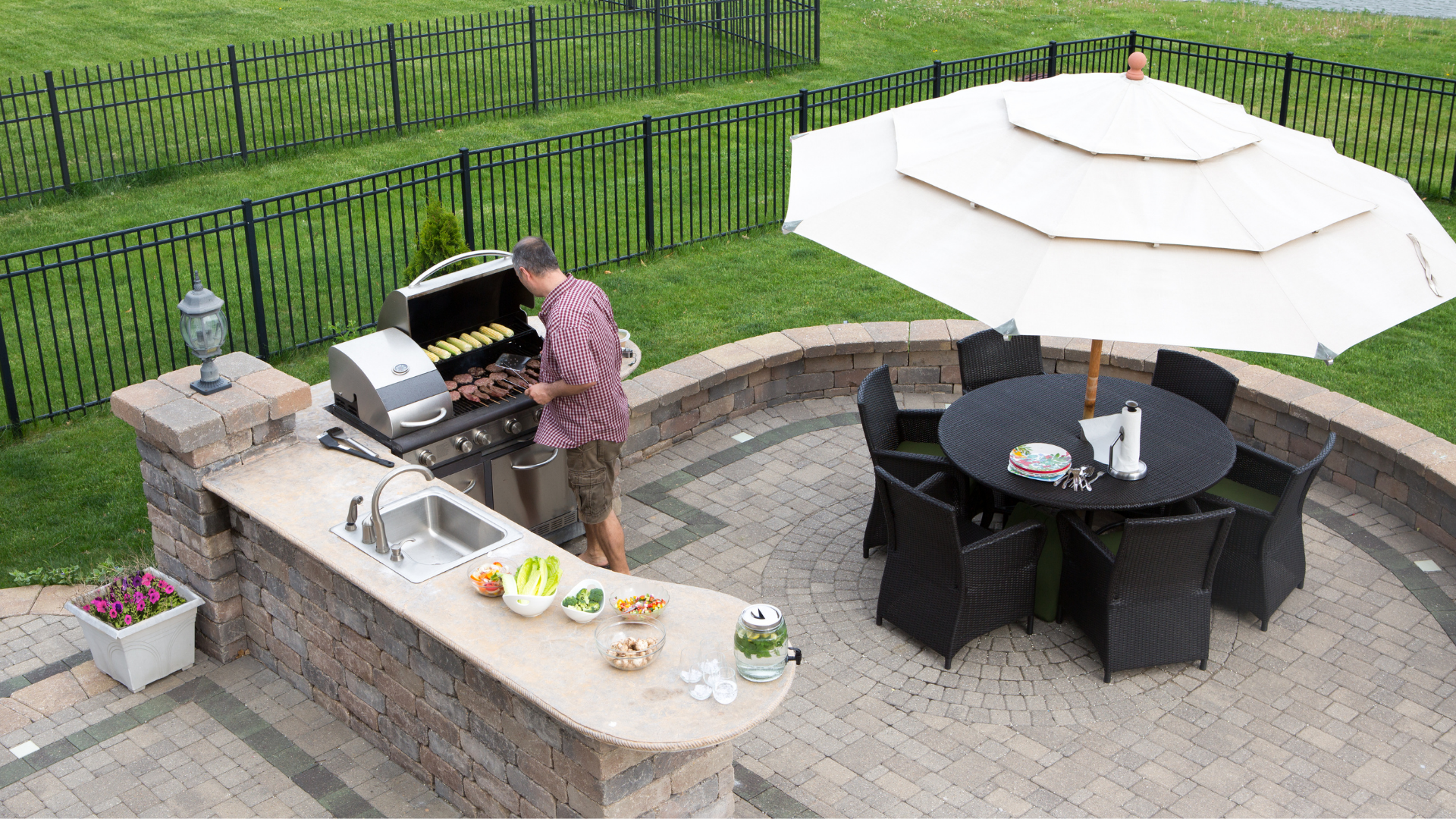 Tips to Consider When Building An Outdoor Kitchen!